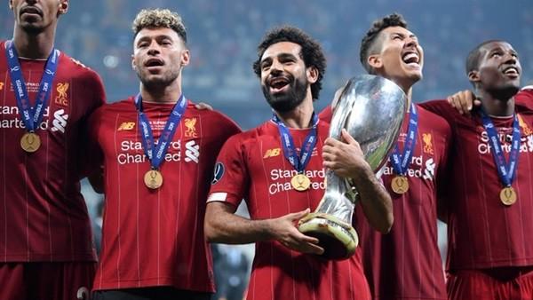 محمد صلاح يدخل التاريخ بعد الفوز بـ السوبر الأوروبي مع ليفربول