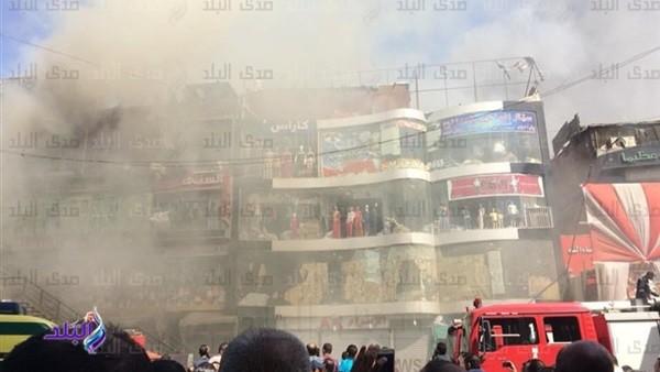 تفاصيل حريق الموسكى.. رامى أنقذ الموجودين فى المبنى.. والأهالى: افتكرنا صوت الفرقعة قنابل