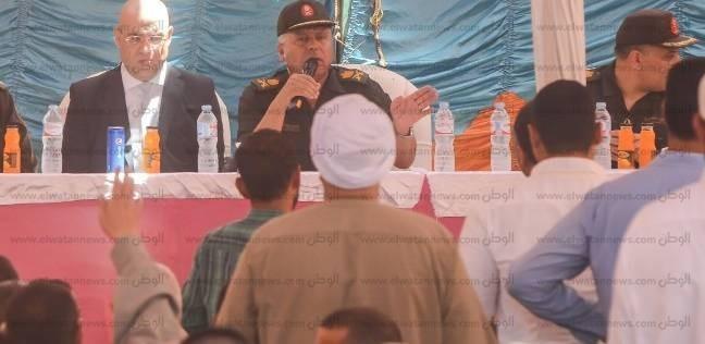 """تفاصيل لقاء اللواء كامل الوزير بأهالي جزيرة الوراق: """"إيد واحدة"""""""