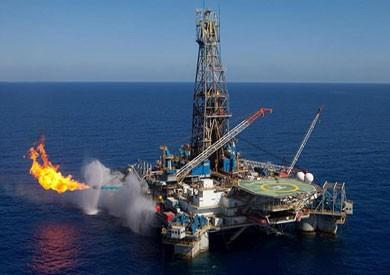 «البترول»: مصر تتوقف عن استيراد الغاز المسال أكتوبر المقبل