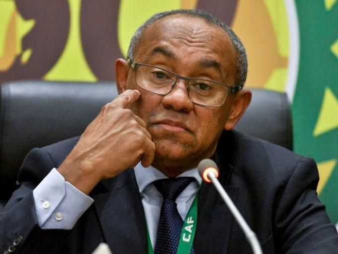 رئيس الكاف: إفريقيا كلها تشكو من الترجي.. رئيسه هددني ولا أعلم لماذا لا تعمل «فار» في تونس