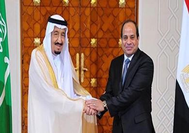 السيسي يهنئ خادم الحرمين الشريفين بعيد الأضحى هاتفيا