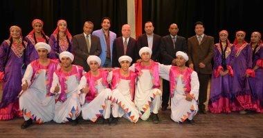 """""""الأقصر للفنون الشعبية"""" تبهر ضيوف مؤتمر الاتحاد العربى للمكتبات"""