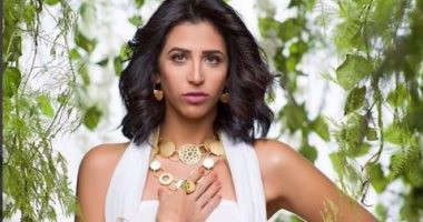 مرشحات ملكات جمال مصر للكون يتألقن بالأبيض فى جلسة تصوير جديدة