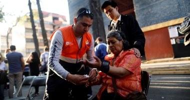 صور.. ذعر بين المكسيكيين فى الشوارع بعد زلزال عنيف ضرب جنوب البلاد