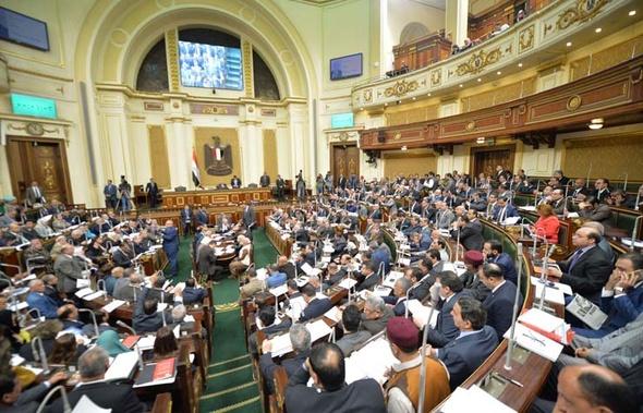 غضب برلمانى لحبس نقيب الصحفيين.. ومطالبات للرئيس بالتدخل