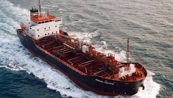 من بينهم سعوديتان .. تفاصيل جديدة في حادث استهداف 4 سفن قرب ميناء الفجيرة الإماراتى