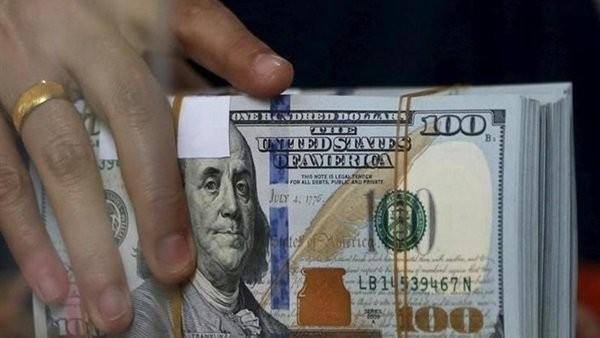 الدولار يواصل التراجع.. الجنيه يستعيد 86 قرشا من العملة الخضراء