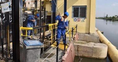 محافظ الإسكندرية يتفقد شركة مياه الشرب استعدادا لاستقبال نوات الأمطار