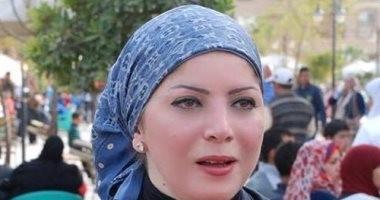 """أعضاء حملة """"نساء يدعمن السيسى"""" يحتشدون فى استاد القاهرة لتأييد الرئيس"""
