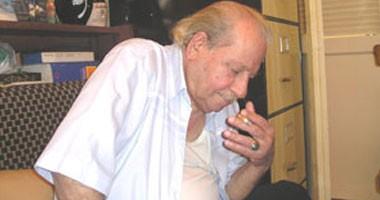 رغم وصيته.. الوكالة السورية تنشر خبر رحيل الأديب حنا مينه عن عمر 94 عاما