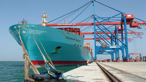 وصول 6500 طن بوتجاز لميناء الزيتيات بالسويس