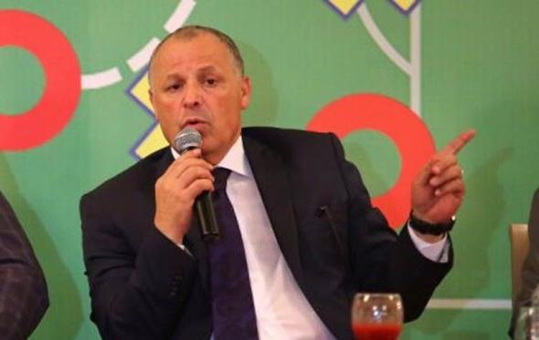 اتحاد الكرة يتبرع بمليون جنيه لمستشفى أبو الريش