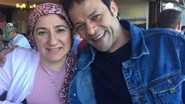 السجن 5 سنوات لـ الفنان هشام عبدالله وزوجته في قضية إعلام الإخوان