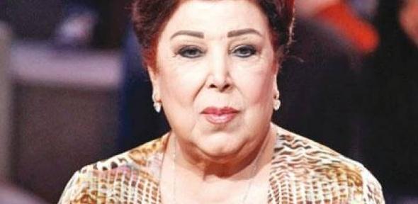 """رجاء الجداوي: """"مش ندمانة إني اتربيت على إيد رقاصة"""""""