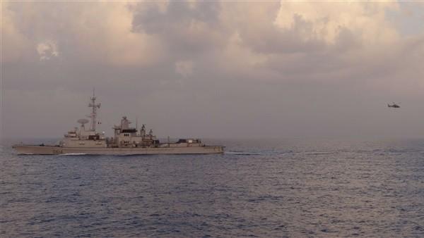 البحرية المصرية والفرنسية تنفذان تدريبا عابرا فى البحر المتوسط