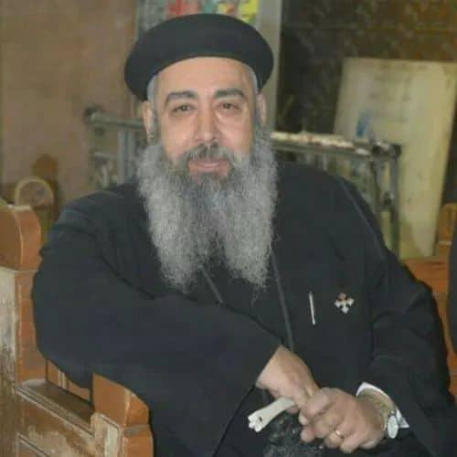 مقتل كاهن كنيسة مارمرقس بشبرا الخيمة على يد حارس.. التحقيقات الأولية: خلافات شخصية