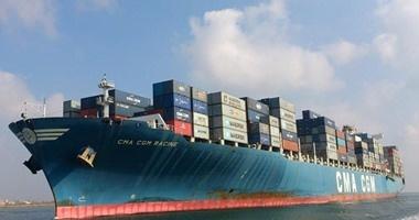 ميناء دمياط يستقبل 7 سفن حاويات وبضائع