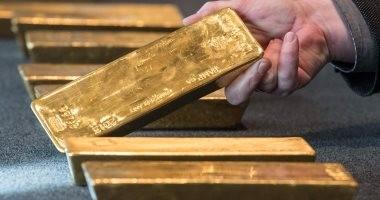الذهب يرتفع مع عودة الاهتمام إلى مخاوف النمو والفائدة الأمريكية