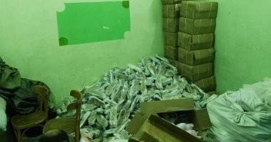 صور.. حملة مكبرة على محال تهريب البضائع الأجنبية بإحياء الزهور والضواحى ببورسعيد