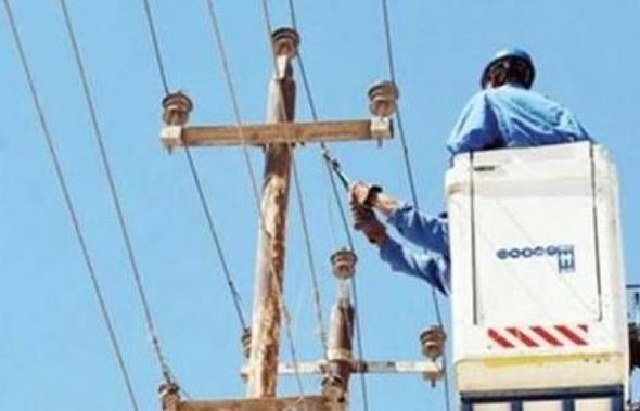 """انقطاع الكهرباء عن مجمع المصالح بالمنيا.. وموظفون: """"الإدارة لم تشحن العدادات"""""""