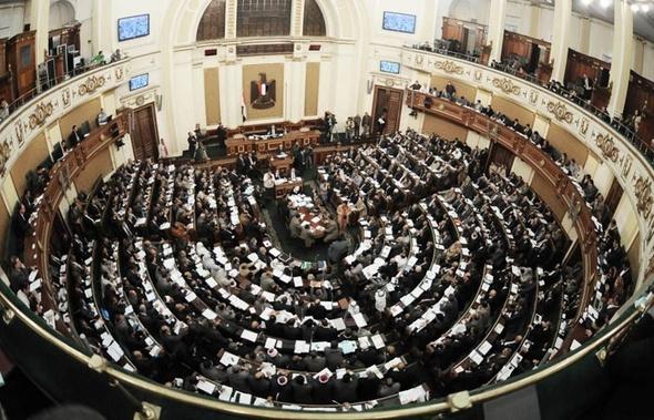 النواب يوافق على مد الطوارئ في سيناء