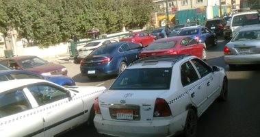 زحام مرورى بشارع السودان وكوبرى 15 مايو بسبب مجمعات المدارس