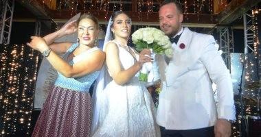 فيديو.. لوسى ترقص فى حفل زفاف ابن ماجد المصرى