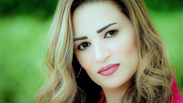 رانيا بدوي تقصف جبهة شباب الجماعة الإرهابية بسبب رامي مالك .. اقرأ التفاصيل