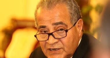 وزير التموين يستعرض منظومة دعم الخبز والسلع التموينية لوفد كويتى