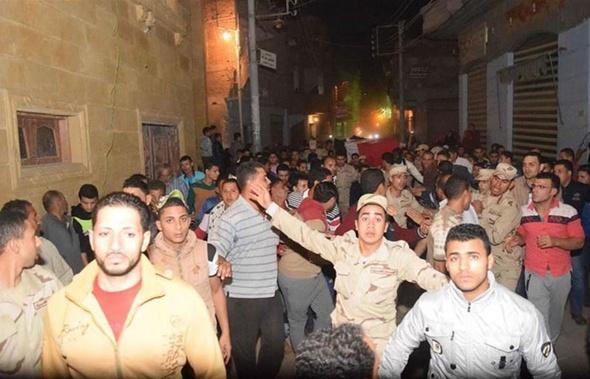 """بالصور.. الآلاف يشيّعون جثمان """"خالد الشربيني"""" شهيد كفر الجنينة بالدقهلية"""