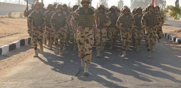 """""""الصاعقة"""".. رجال أقسموا على حماية تراب مصر بدمائهم"""