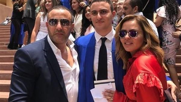 أحمد السقا يحتفل بتخرج نجله من الجامعة.. صور