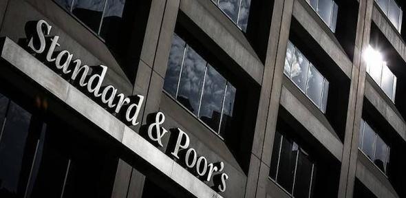 """""""ستاندرد آند بورز"""" تمنح الديون المصرية نظرة مستقبلية مستقرة"""