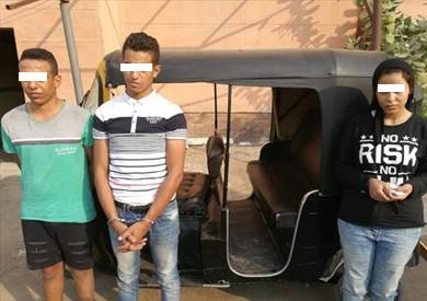 ضبط 3 متهمين بقتل سائق توك توك بعد سرقته في السلام