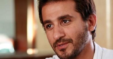 أحمد حلمى يطالب جمهوره بالدعاء لـ شريف مدكور بعد إصابته بسرطان القولون