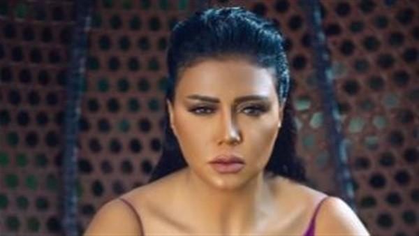 انتقادات حادة لـ رانيا يوسف بعد إطلالة مثيرة للجدل .. صور