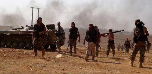 """""""سوريا الديمقراطية"""" تقود """"تحرير الرقة"""" بدون تركيا"""