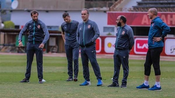 الأهلي يستقر على قيد 23 لاعبا للموسم الجديد.. وإعارة 8 ومطالب بضم 5 آخرين