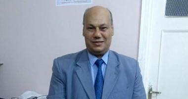 نائب الفيوم عن إحالته للتحقيق لصفعه مشرفة أمن الجامعة: أمتثل وعايز حق بنتى