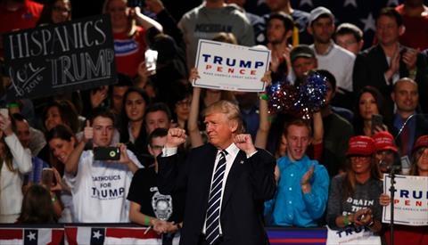 ترامب يختتم حملته ويعد بأن تكون «أمريكا أولا»