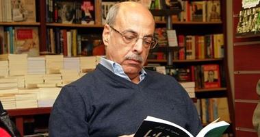 """على أبو شادى فى """"كتبه"""".. حلل سينما الأبيض والأسود ويكشف كيف خذلت السياسة"""