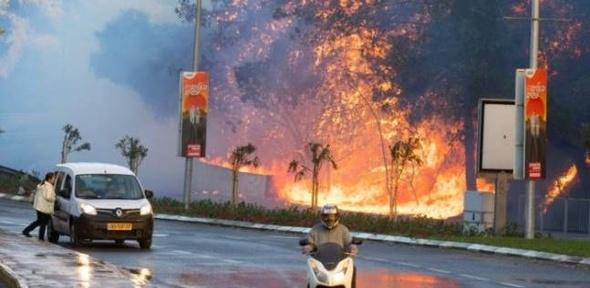 """لليوم الخامس.. """"إسرائيل تحترق"""" وإصابة 12 مستوطنا بينهم 3 حالات خطر"""