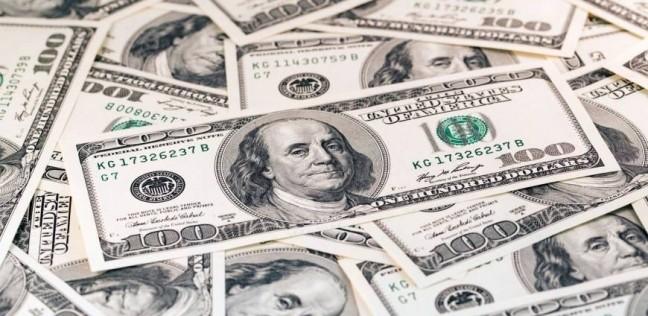 قفزة جديدة للجنيه.. الدولار يفقد 4 قروش خلال 3 ساعات