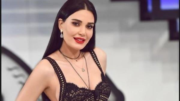 بفستان شفاف.. سيرين عبد النور تبهر متابعيها بإطلالة جذابة