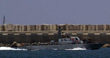 زوارق الاحتلال الإسرائيلى تستهدف مراكب الصيادين الفلسطينيين