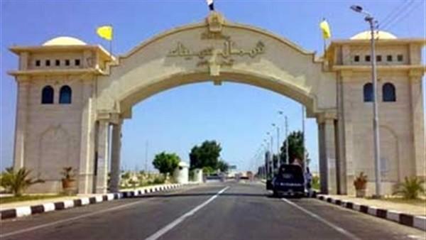 رئيس مدينة بئر العبد يزور قرية الروضة ويستمع إلى مطالب أهلها