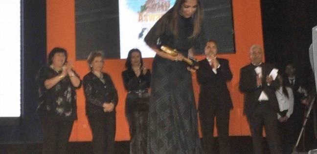 اليوم.. مؤتمر صحفي للفنانة منى زكي على هامش مهرجان أسوان لسينما المرأة