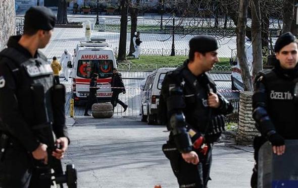"""اعتقال رئيس مجلس إدارة صحيفة """"جمهورييت"""" التركية"""