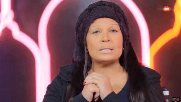 فيفي عبده تكشف عن تطورات حالتها الصحية